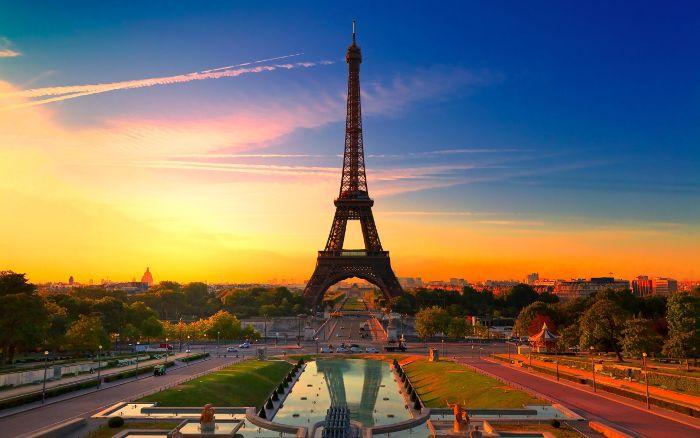 Франция лидер по туризму