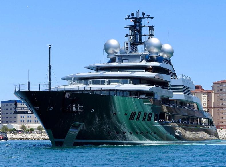 Яхта Crescent. Стоимость - 600 млн $